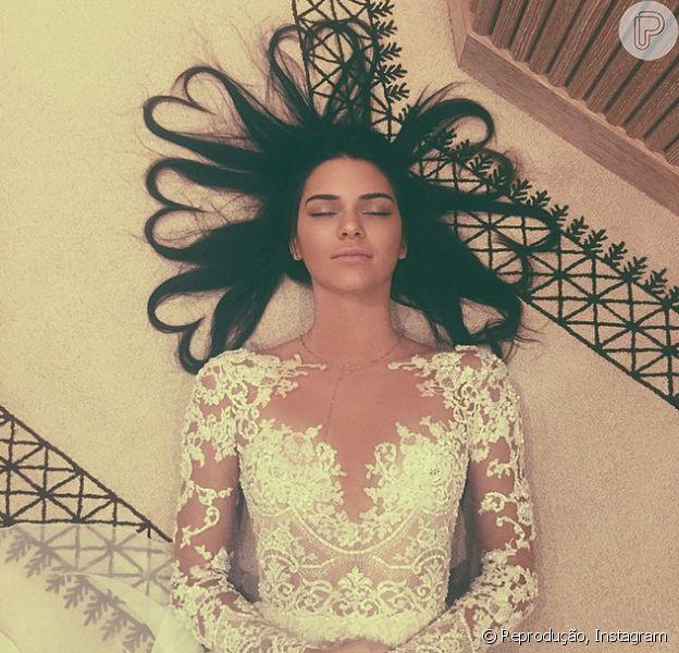 Kendall Jenner quebra o record de Kim Kardashian e Kanye West e tem a foto mais curtida do aplicativo Instagram com 2,476,211 likes