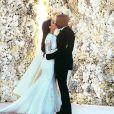 Kim Kardashian e Kanye West eram os detentores da foto mais curtida do Instagram com 2,473,407 likes