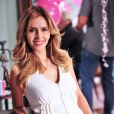 Glauce (Leona Cavalli) matará a enfermeira Elenice (Nathalia Rodrigues) após ela a flagrar trocando as amostras de DNA de Paloma (Paolla Oliveira) pela dela, em 'Amor à Vida'
