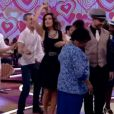 Os dois trocaram passos de dança de salão ao som de Diogo Nogueira