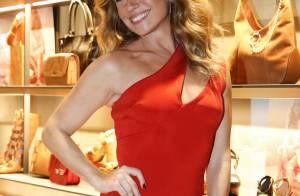 Giovanna Antonelli aposta em vestido Jay Ahr, à venda por R$ 940, em evento