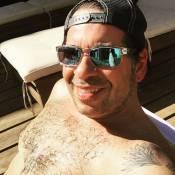 Leandro Hassum aparece sem camisa após emagrecer 46 Kg com cirurgia bariátrica