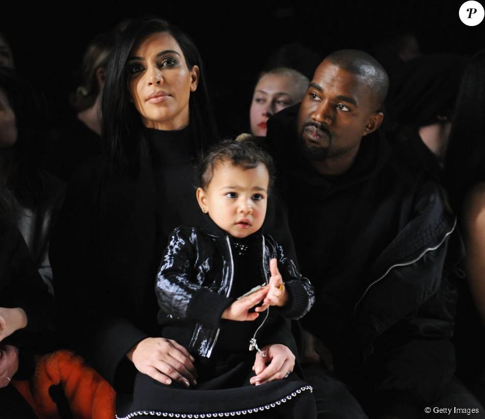 Kanye West quer que a pequena North West, de 2 anos, receba o cachê mais alto que as irmãs Kardashian-Jenner no reality show 'Keeping Up With The Kardashians'