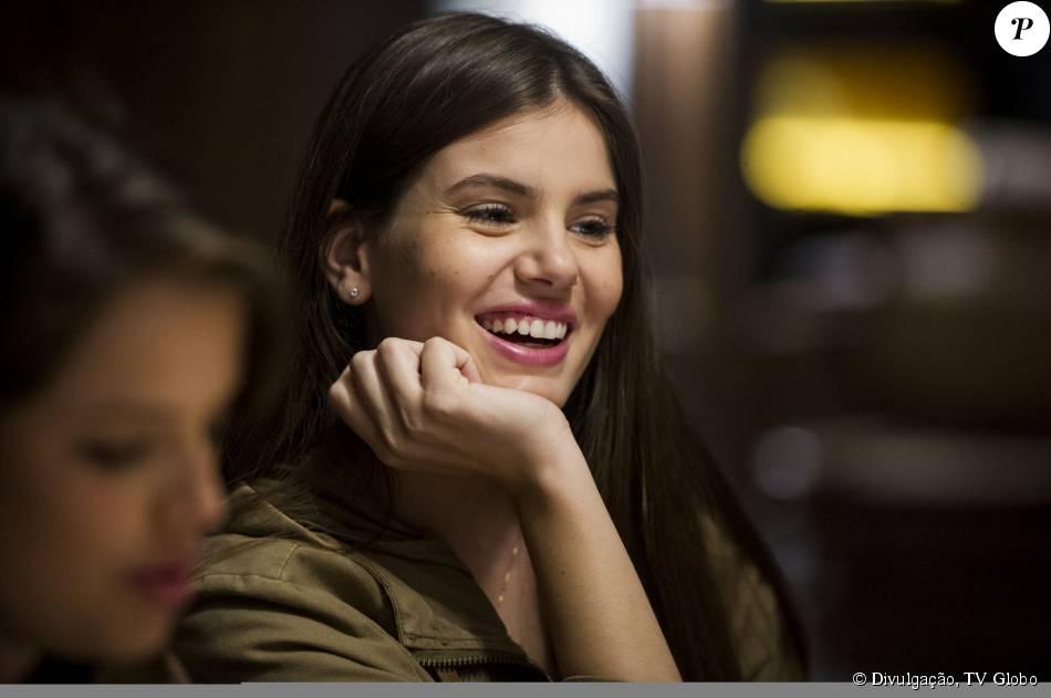 Camila Queiroz brinca sobre preparação para caipira em novela: 'Sotaque já tenho'