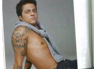Thammy Miranda aparece sem camisa após retirada dos seios em livro biográfico