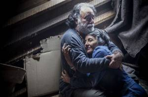 'A Regra do Jogo': foragido, Zé Maria encontra Djanira e Juliano no morro