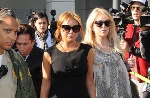 Mãe de Lindsay Lohan liga bêbada para filha e é proibida de falar com a atriz