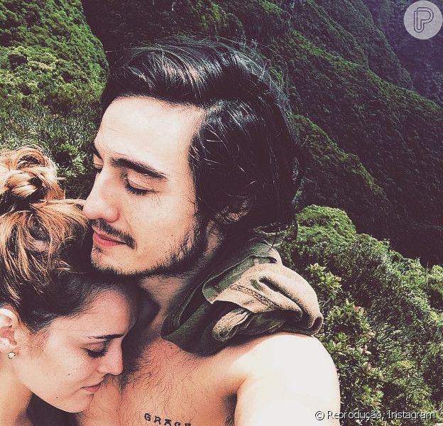 Isabelle Drummond recebeu uma declaração de amor do namorado, o cantor Tiago Iorc, durante entrevista. À revista 'Encontro com Fátima', ele falou sobre a parceria dos dois: 'Ela tem um olhar bonito sobre as coisas e sempre complementa'