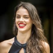 Laura Neiva conta o que faria se acabasse com Chay Suede: 'Desligaria o celular'