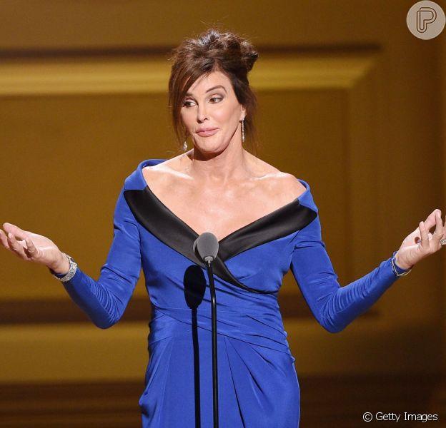 Caitlyn Jenner foi homenageada na Glamour Women Of The Year, premiação para as mulheres que se destacaram em 2015