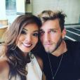 Carol Nakamura postou uma foto com o namorado Aislan Lottici no Instagram, nesta quinta-feira, 12 de novembro de 2015
