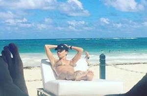 Grazi Massafera surge de biquíni em foto durante férias em Punta Cana, no Caribe