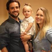 Rafael Cardoso celebra 30 anos com a família nos bastidores de 'Além do Tempo'