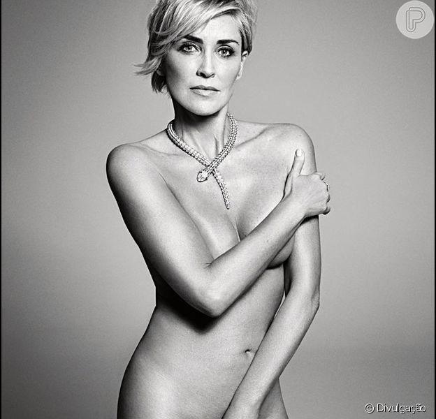 Em agosto deste ano, Sharon Stone apareceu nua em fotos tiradas em um ensaio para a revista 'Harper's Bazaar'
