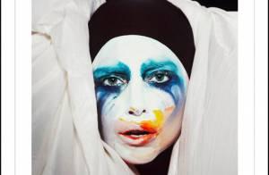 Lady Gaga incentiva fãs no Twitter a comprar 'Applause' em troca de prêmio