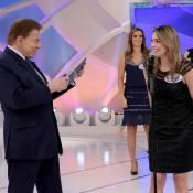 Silvio Santos sugere a Rachel Sheherazade largar política: 'Faz fofoca da Xuxa'