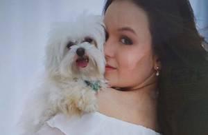 Larissa Manoela lamenta morte de cachorro de estimação: 'Uma estrelinha no céu'