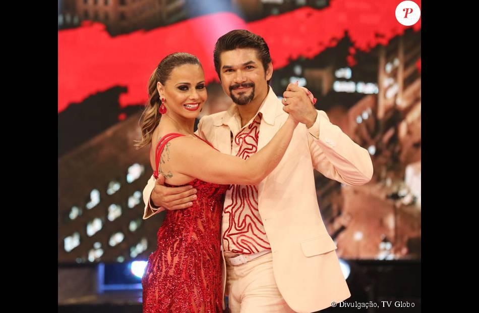 Viviane Araújo vence o 'Dança dos Famosos', do 'Domingão do Faustão', em 6 de dezembro de 2015