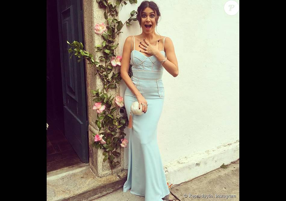 Thaila Ayala apostou numa peça da Badgley Mischka para o casamento de Sophie Charlotte e Daniel de Oliveira, realizado no domingo, dia 6 de dezembro de 2015