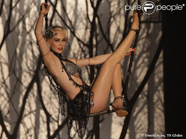 Mariana Ximenes canta e dança na pele da vedete Aurora Lincoln, em 'Joia Rara': 'É uma loucura', declara a atriz
