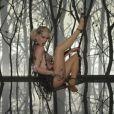 Mariana Ximenes mostra toda sua sensualidade nas cenas de Aurora Lincoln, em 'Joia Rara'