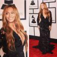 No Grammy, realizado em fevereiro de 2015, Beyoncé usou look caprichado: vestido Proenza Schouler e joias Lohainne Schwartz avaliadas em nada menos que U$ 10 milhões, cerca de R$ 30 milhões