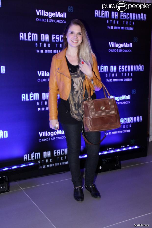 Carolinie Figueiredo está grávida de seu segundo filho com o ator Guga Coelho. Ela já é mãe de Bruna Luz, de 1 anos e 9 meses