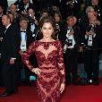 Cheryl Cole está na lista da revista 'Vanity Fair', que elegeou as 10 cantoras mais bem vestidas do mundo