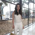 Daniela Albuquerque prestigia desfile da estilista Lethicia Bronstein