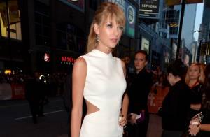 Festival de Cinema de Toronto: Taylor Swift usa decote em première; veja looks