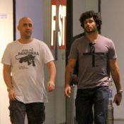 Paulo Gustavo e Jesus Luz vão às compras e passeiam em shopping carioca