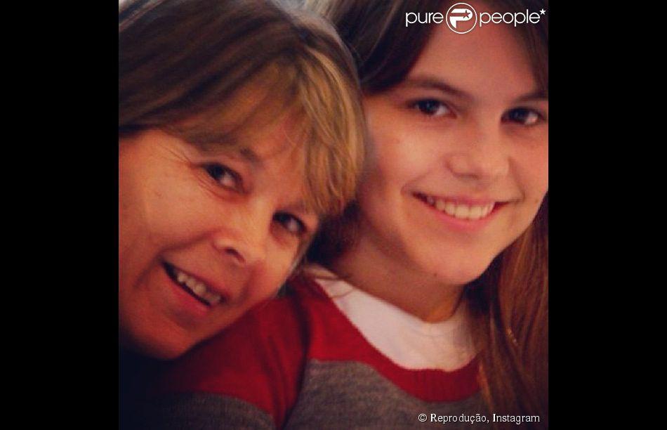 Bianca Salgueiro publica foto com a mãe, Denise, no Instagram. Ela diz que tem uma ótima relação com os pais