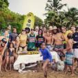 Grazi Massafera curte Fernando de Noronha com amigos