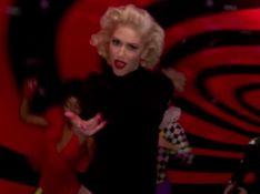Gwen Stefani leva tombo de patins ao gravar clipe ao vivo no Grammy. Veja vídeo!
