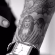Justin Bieber tatuou um anjo com o rosto inspirado em Selena e agora quer mudar a tatuagem