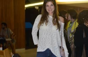 Cristiana Oliveira prestigia reestreia de peça no Rio