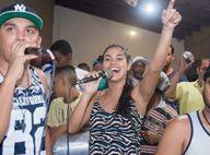 Munik, campeã do 'BBB16', canta música de Wesley Safadão em bar de Goiás. Vídeo!