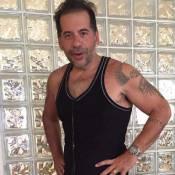 Leandro Hassum impressiona ao aparecer 62 Kg mais magro em foto: 'Vitória'