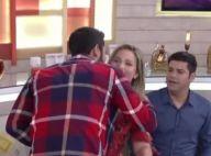Matheus surpreende Cacau na TV, beija rosto e fã reclama: 'Que namorado é esse?'
