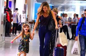 Grazi Massafera corre ao embarcar com a filha, Sofia, no aeroporto. Fotos!