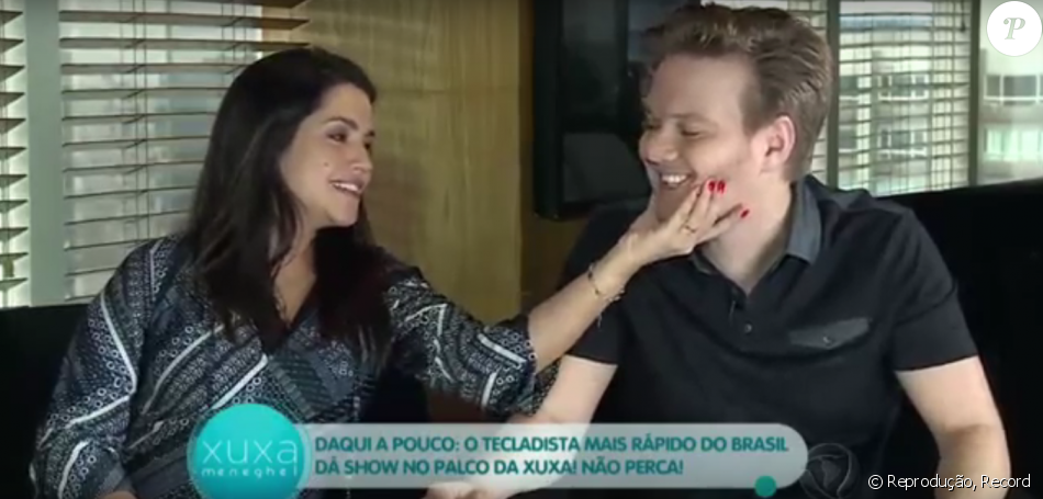 4661616a7 Michel Teló e Thais Fersoza cantam música para a filha: 'Melinda, vem'