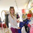 Bárbara Evans, que venceu o reality show 'A Fazenda', da Rede Record, escolheu roupas em um evento, em São Paulo, nesta quinta-feira, 10 de outubro de 2013
