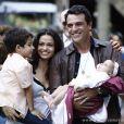 O casal Théo (Rodrigo Lombardi) e Morena (Nanda Costa) termina a novela 'Salve Jorge' junto e feliz