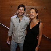 Pedro Bial e Adriana Esteves aplaudem de pé espetáculo sobre Elis Regina