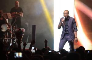 Thiaguinho faz show em São Paulo e canta com a ex-RBD Maitê Perroni no palco