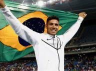 Rio 2016: famosos festejam ouro e recorde de Thiago Braz no salto com vara