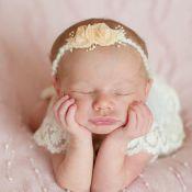 Melinda, filha de Michel Teló e Thais Fersoza, surge em ensaio newborn. Fotos!