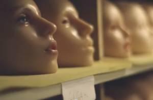 Lady Gaga lança boneca 'Gagadoll' em tamanho real para divulgar novo CD