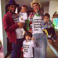 Luana é mãe de Dom, de 4 anos, e Bem, de 11 meses, irmão gêmeo de Liz, do casamento com Pedro Scooby