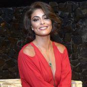 Juliana Paes aposta em vestido vermelho decotado de R$ 1,3 mil em evento. Fotos!